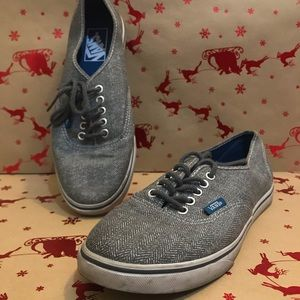 Gray Lace up vans with gray laces